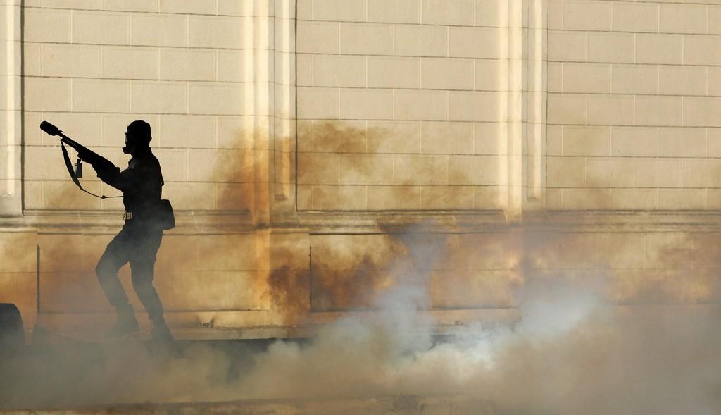 Militar da força anti-motim do Egipto