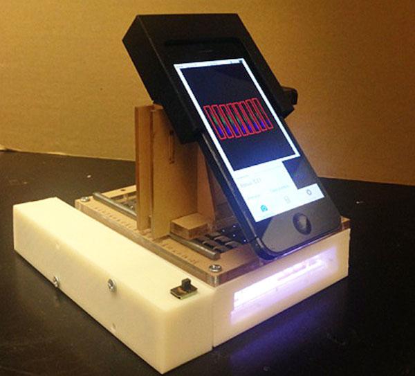 O laboratório portátil de deteção de câncer baseado num iPhone 5