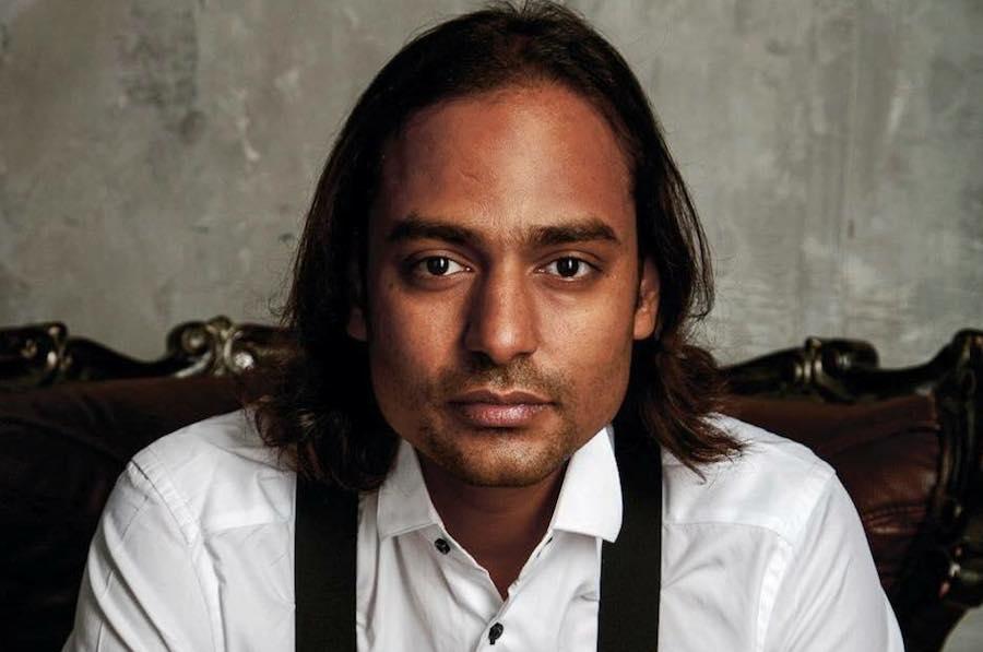 O astrólogo indiano Puneet Nahata