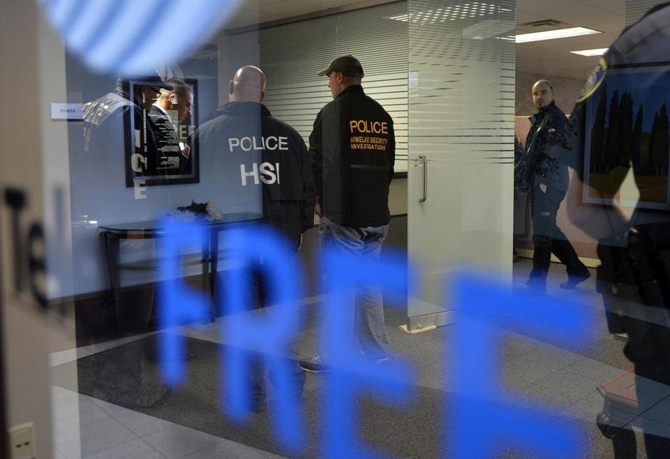 Busca do FBI no escritório da TelexFree em 2014
