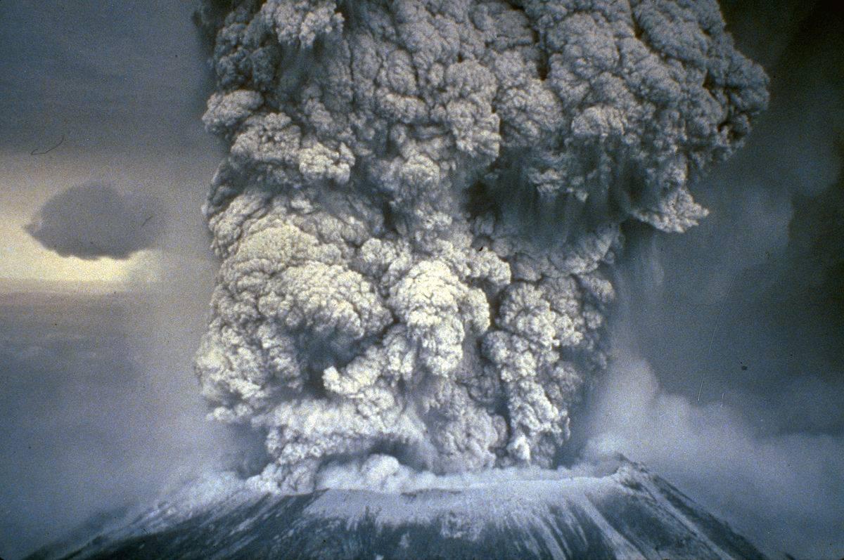 A potência da erupção de 1980 do Monte de Santa Helena levou cinzas a 11 Estados americanos