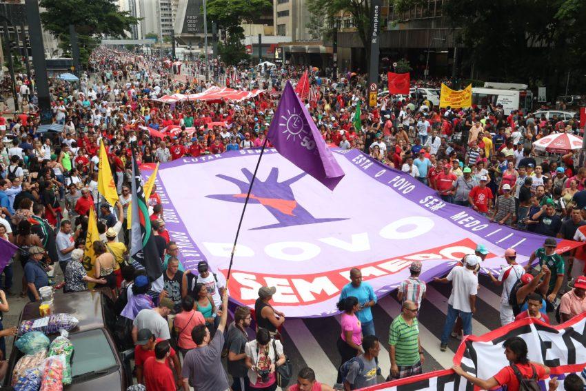 Sao Paulo: Manifestantes realizam ato contra a PEC 55/2016 irá ser votada essa semana