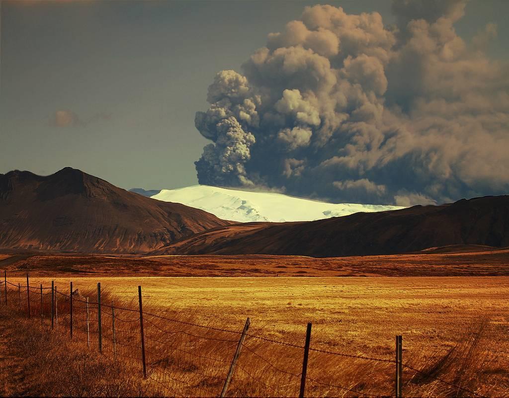 Em 2010 o vulcão islandês Eyjafjallajokull lançou o caos no norte da Europa