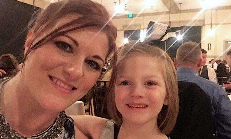 Bethany Howell com a filha, Ashlynd