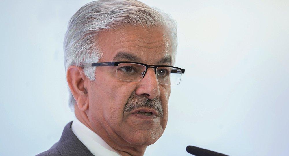 O ministro da Defesa do Paquistão, Khawaja M. Asif