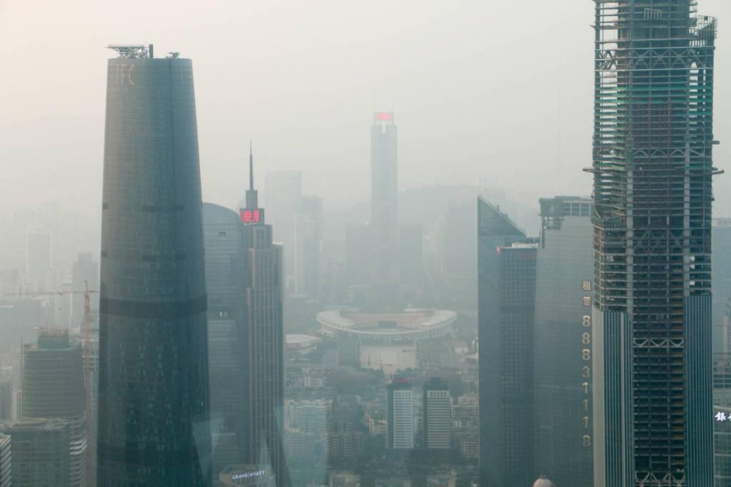 Poluição na cidade de Cantão, na China