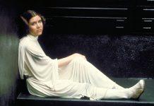 A icónica Princesa Leia Organa em Star Wars (1977)