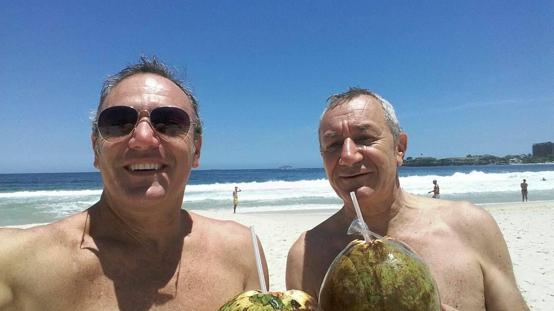 O italiano Roberto Bardella, de 52 anos (à esquerda na foto), assassinado no Rio de Janeiro por ter entrado por engano em uma favela