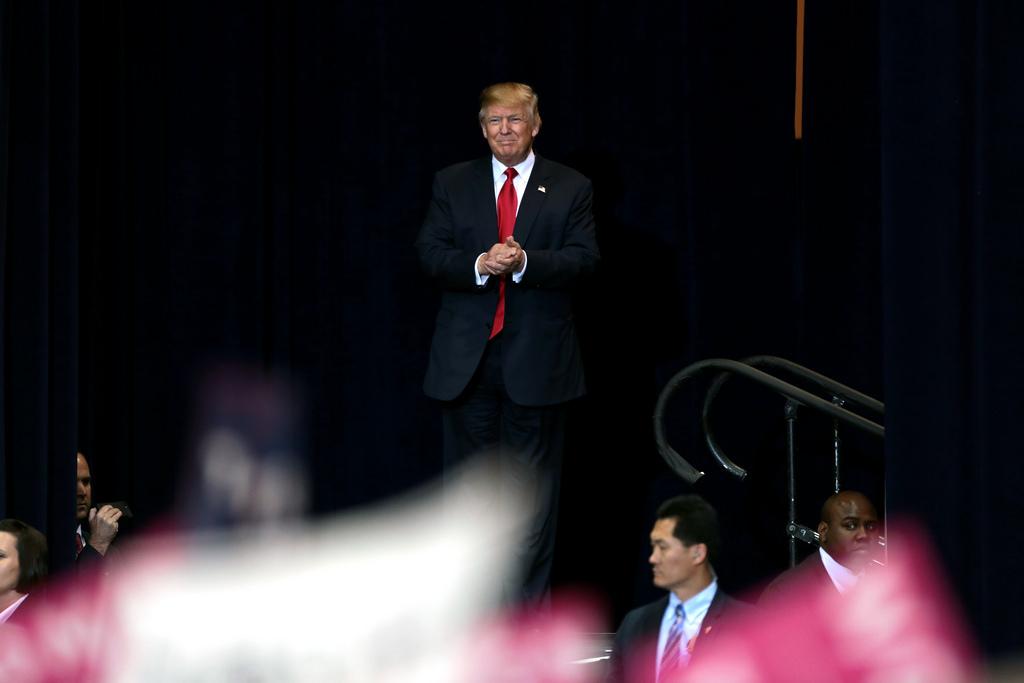 Donald J. Trump, 45º presidente dos EUA