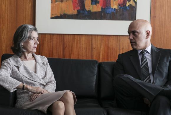 A presidente do STF, Cármen Lúcia, discute com o ministro da Justiça, Alexandre de Moraes a situação nos presídios do país, principalmente nas unidades dos sistemas penitenciários das regiões Norte e do Nordeste