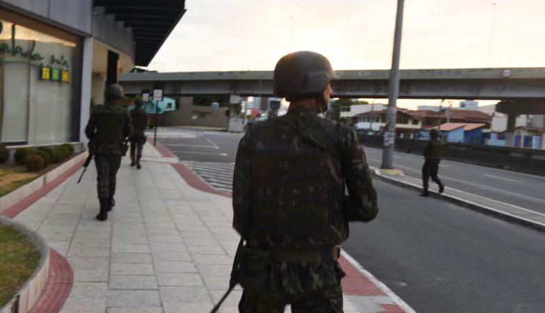 O governo federal autorizou o envio de 200 homens da Força Nacional e 1,2 mil homens das Forças Armadas para atuar no estado