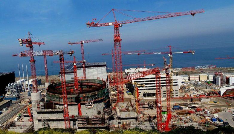 Vista geral da área de construção do gerador nuclear de terceira geração EPR em Flamanville