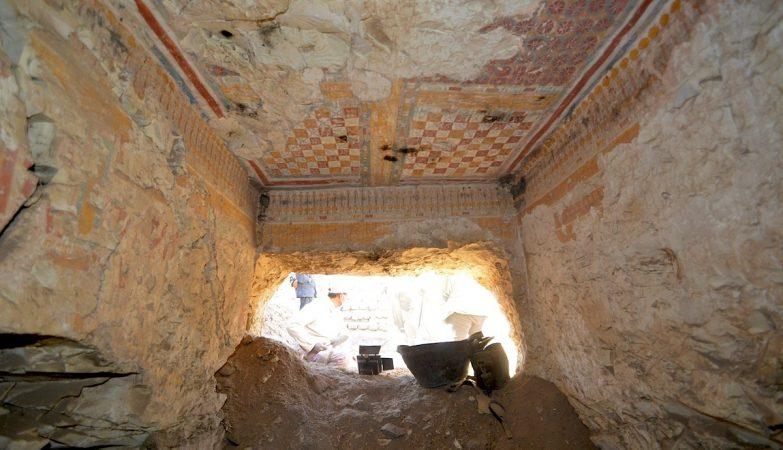 """Tumba privada de """"Khonsu"""", escriba real em Luxor, Egito"""