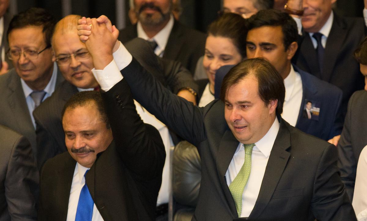 Deputado Rodrigo Maia é reeleito para presidência da câmara