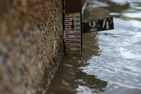 Nível de água da Barragem do Descoberto está abaixo da média histórica, com ameaça de desabastecimento em parte das cidades satélites
