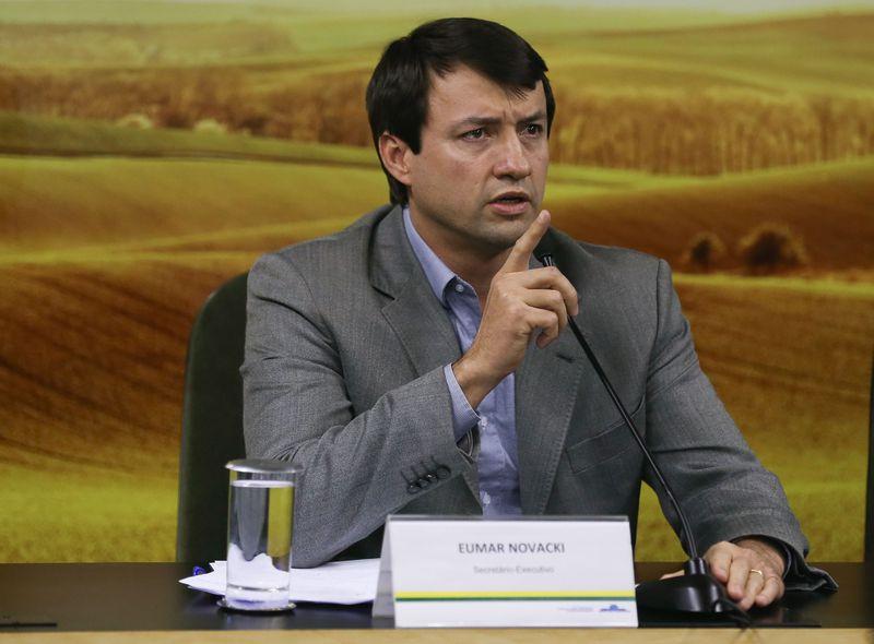 Secretário executivo do Ministério da Agricultura, Pecuária e Abastecimento, Eumar Novacki, fala sobre a Operação Carne Fraca