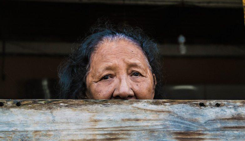 Mulher da comunidade Barreiro