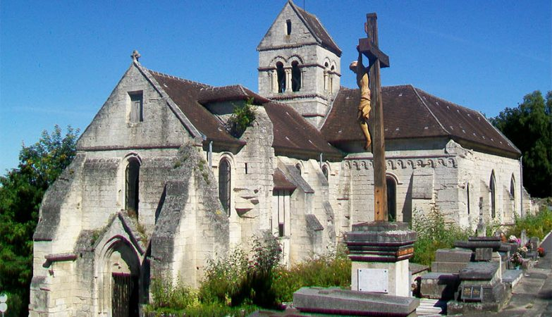 Igreja de Saint-Remi, em Laigneville, a cerca de uma hora de Paris