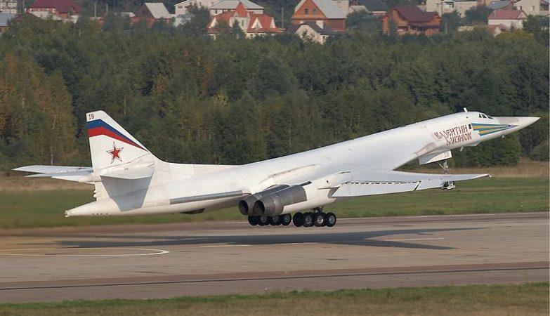 Avião Tupolev Tu-160 da Força Aérea Russa