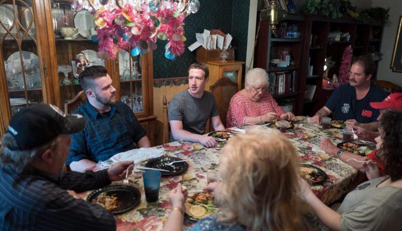 Jantar de Mark Zuckerberg com a família Moore