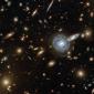 Raro fenômeno de galáxia dupla confunde astrônomos do Hubble